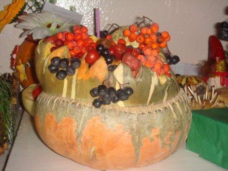 1413131194 osen5 Композиції з овочів та фруктів до свята осені
