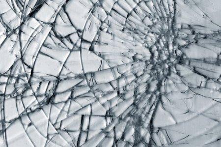 1413136121 narodn prikmeti pro rozbite dzerkalo Народні прикмети про розбите дзеркало. Що це значить?