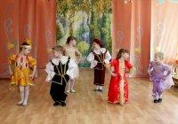 1412948776 novorchniy scenary dlya dtey 2015 Новорічний сценарій для дітей 2015 «П\ять ключів від скрині»