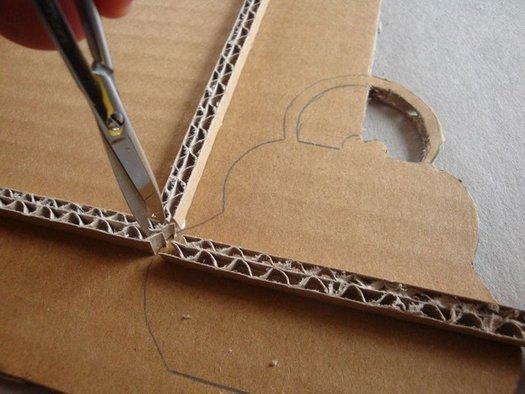Как сделать рамку из картона на картину  16