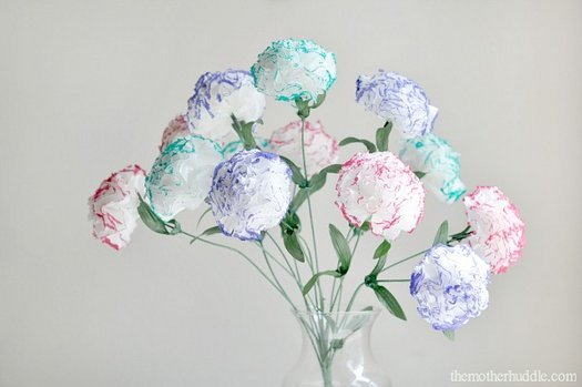 Робимо гарний букет квітів з серветок