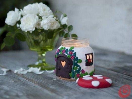 Будиночок свічка з полімерної глини.