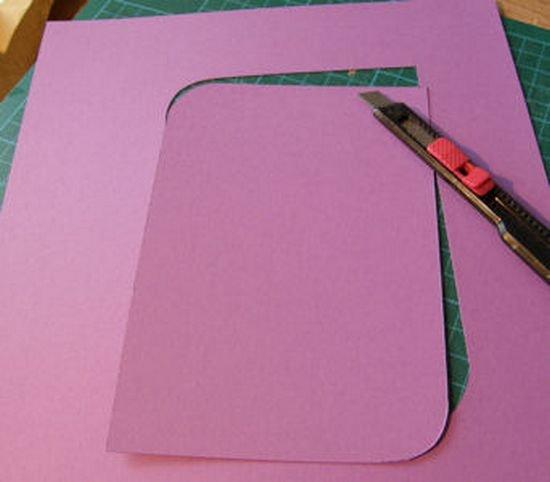Фоторамка з паперу в техніці квіллінг.