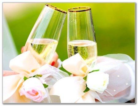 1421398916 kalendar spriyatlivih dnv dlya vesllya v 2015 roc Найсприятливіші дні для весілля 2015