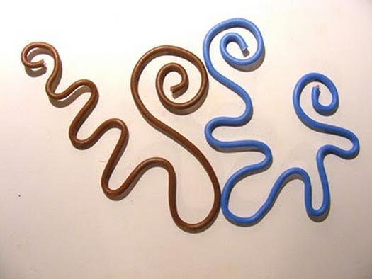 Оригінальний декор з дроту і пряжі