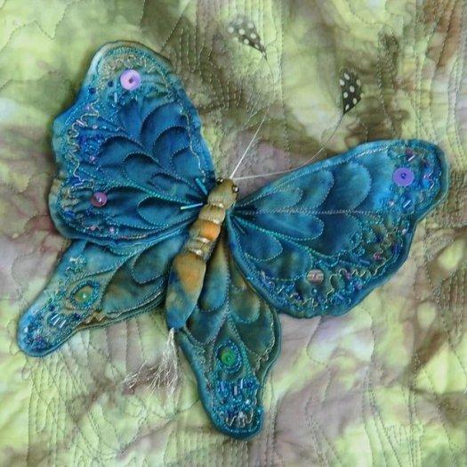 Шиємо декоративну метелика з тканини.