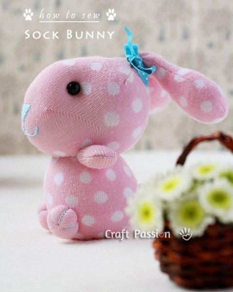 Іграшки з шкарпеток своїми руками   зайчика.