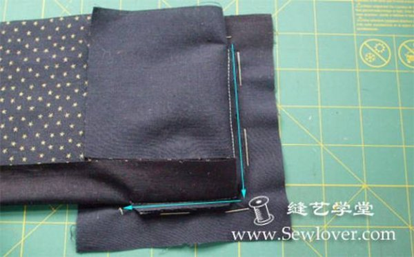 Оригінальна фоторамка шита з тканини своїми руками.
