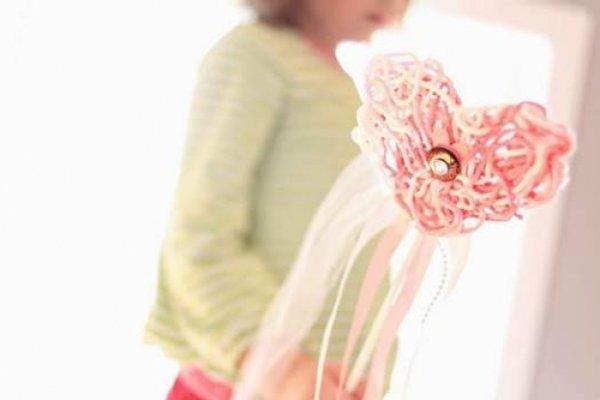 Повітряне сердечко з ниток оригінальний подарунок на Валентинів день