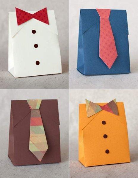Робимо подарункову упаковку для чоловіків.