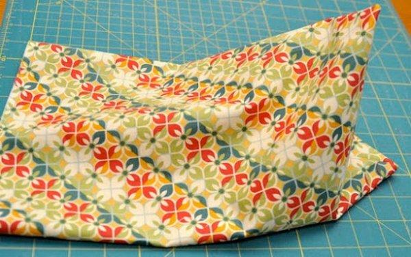 Шиємо оригінальну подушку підставку для планшета своїми руками.
