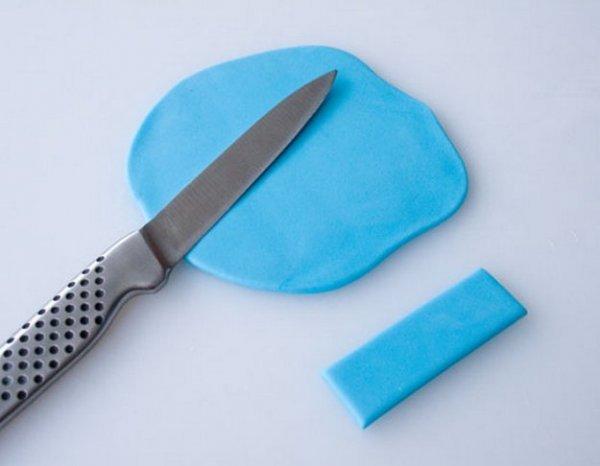 Як зробити машинку з полімерної глини своїми руками.