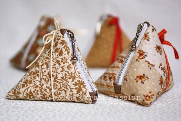 сумки с милана валентино посмотреть каталог