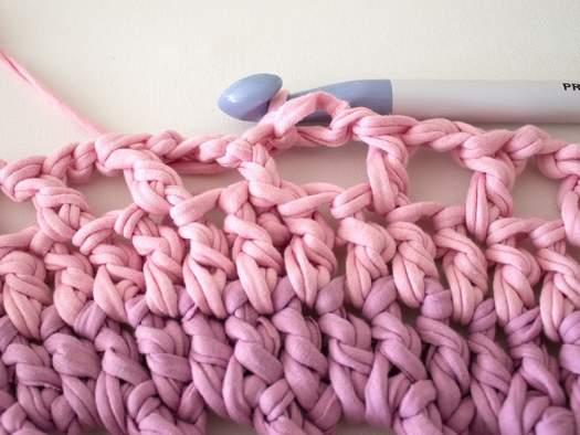 В\яжемо килимки гачком з трикотажних смужок
