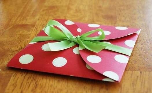Як легко і швидко зробити подарунковий конверт