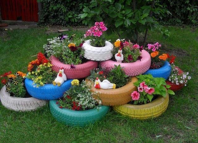 Цветники и клумбы из покрышек