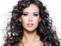 1426799442 bozavivka volossya bohmya Біозавивка волосся (біохімія). Що потрібно знати про біозавивці?