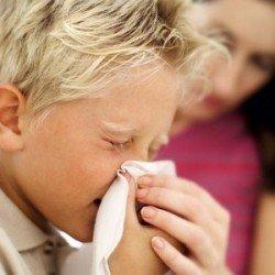 Як лікувати нежить у дитини