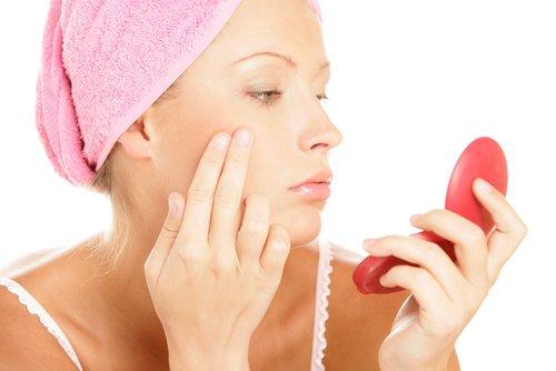 Як лікувати прищі. Види прищів. Види та особливості виникнення прищів. Перед тим, як лікувати прищі на обличчі слід з\ясувати причину їх появи.