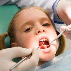Як ростуть зуби у дітей