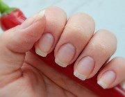 Прискорення росту нігтів вдома або в салоні
