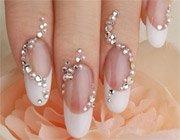 Створюємо простий дизайн нігтів зі стразами