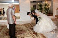 1434458838 veslniy vrsh batkam za vihovanya Весільний вірш батькам за виховання, що сказати?