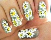 Вчимося малювати на нігтях акриловими фарбами