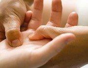 Зміцнення ослабденных нігтів будинку