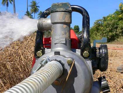 Мотопомпа для поливу городу: вибираємо якісний пристрій