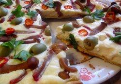 Пиріг з сирною начинкою і маринованими грибами   рецепт для новорічного столу