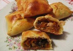 Пиріжки з курячим філе   рецепт з покроковими фото