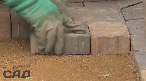Тротуарная плитка своими руками на клей