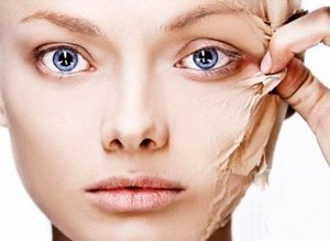 Проста маска для обличчя від зморшок в домашніх умовах