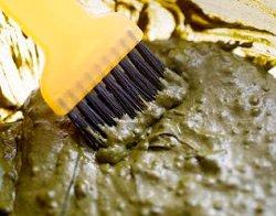 Проста маска для сухих і пошкоджених волосся в домашніх умовах