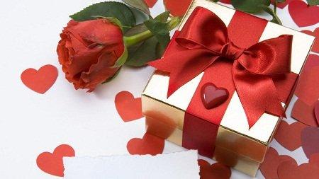 Романтичний подарунок чоловікові на День Святого Валентина