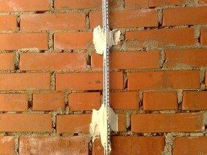 Технологія вирівнювання стін з використанням маяків