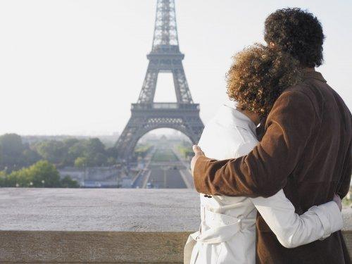 13 ідей для подарунка на 8 березня коханій дівчині