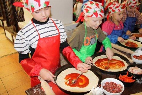 Де провести майстер клас по приготуванню піци?