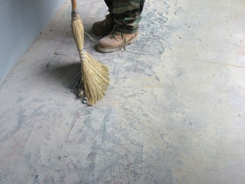 Ремонт бетонної підлоги своїми руками не терпить поспіху