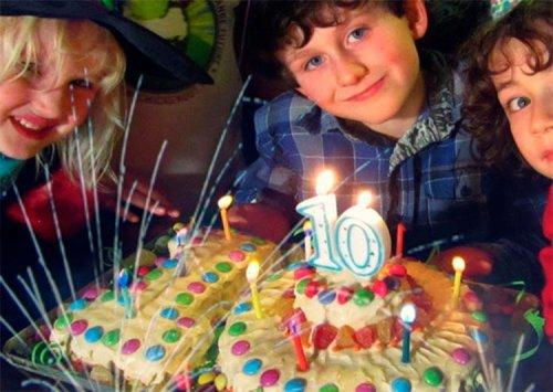 Що подарувати хлопцеві на день народження до 10 років