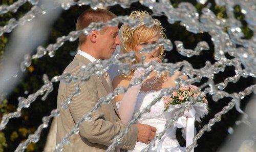 Що подарувати на Скляну весілля 15 років: друзям, дружині, батькам