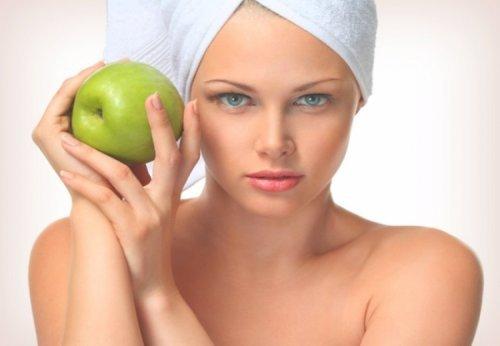 Яблучні маски для ідеальної шкіри