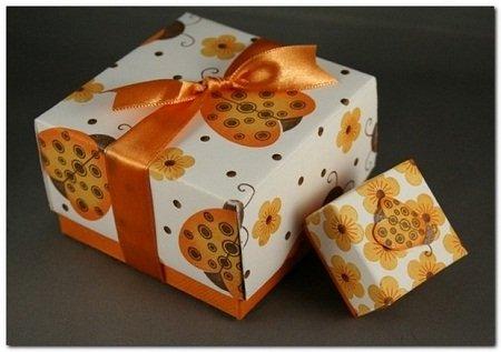 Упаковки подарунка своїми руками — покрокова інструкція