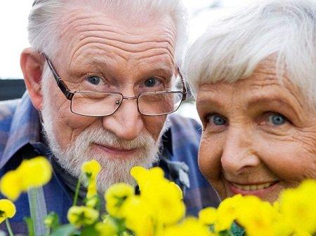 Як красиво і цікаво проводити колегу на пенсію?