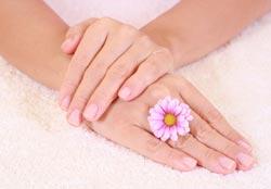 Як продовжити молодість шкіри рук