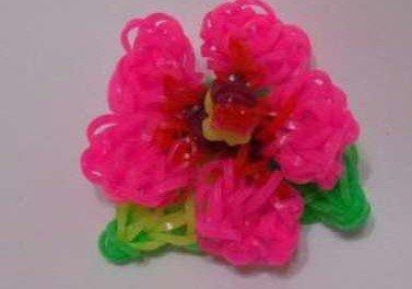 Плетемо квіти з гумок. Відео, способи плетіння