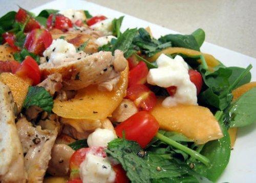 Смачний салат з копченої індички: ситно і корисно