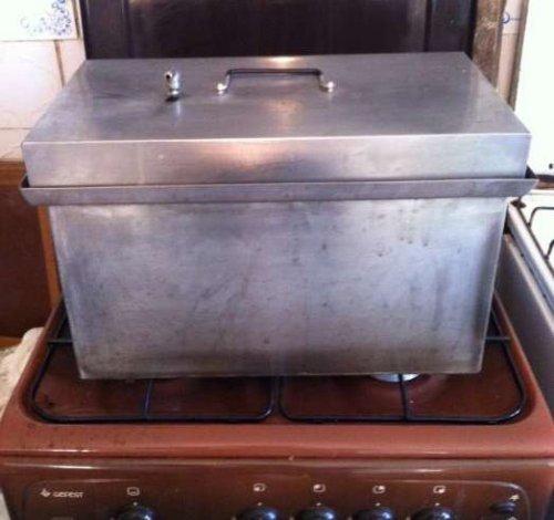 Як організувати копчення будинку на газовій плиті