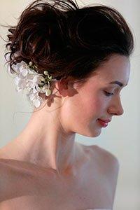 Весільні зачіски 2016